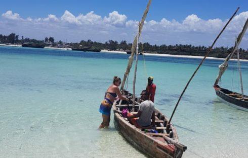 Canoa per l'isola
